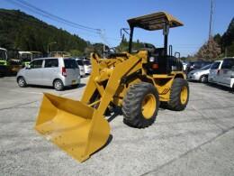 CATERPILLAR Wheel loaders 902B 2006