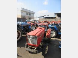 YANMAR Tractors YANMAR farm tractor YM1510D (#9817) 1983