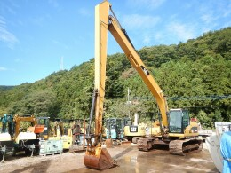 CATERPILLAR Excavators 320DL 2012
