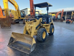 CATERPILLAR Wheel loaders 901B2 2010
