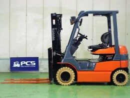 TOYOTA Forklifts 7FB20 2008