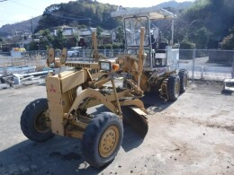 Others Graders MG230E                                                                         2002