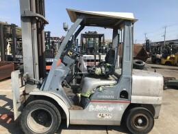 NISSAN Forklifts YGL02M35 2004