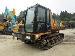 MOROOKA Carrier dumps MST-2200VD 2012