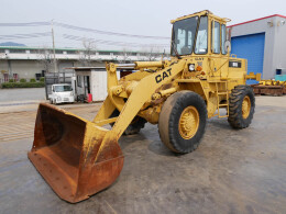 CATERPILLAR Wheel loaders 916 1986