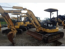 KOMATSU Mini excavators PC40MR-3                                                                         2011
