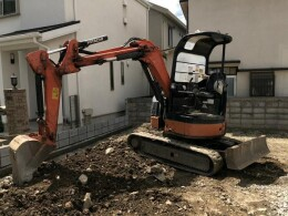 HITACHI Mini excavators ZX30UR-3                                                                         2011
