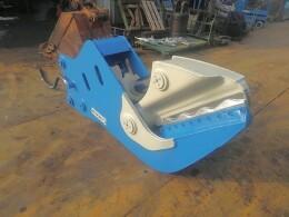 オカダアイヨン アタッチメント(建設機械) 木材切断機