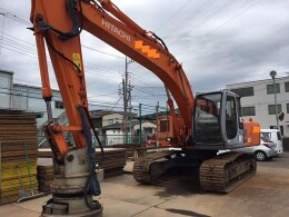 HITACHI Excavators EX200-5                                                                         2000