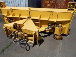 KOMATSU Wheel loaders WA100用 アングリングプラウ単体