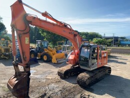 HITACHI Excavators ZX225USR                                                                         2004