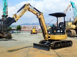 CATERPILLER Mini excavators 303ECR                                                                         2013
