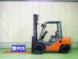 TOYOTA Forklifts 52-8FD30 2012