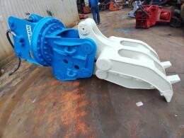 オカダアイヨン アタッチメント(建設機械) 油圧式フォーク