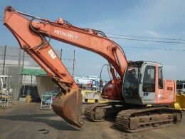 HITACHI Excavators ZX225USR                                                                         2000