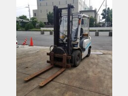 UNICARRLERS Forklifts FHD25T3A 2014