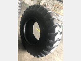 HITACHI Parts/Others(Construction) LX100-2,-5用タイヤ■17.5-25 16PR 2本set